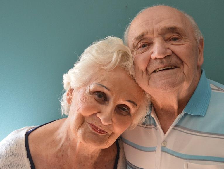 L'aide aux aidants : une bulle d'air bienvenue pour le couple