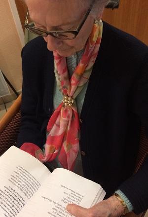 Bienfaits de la lecture pour personnes âgées